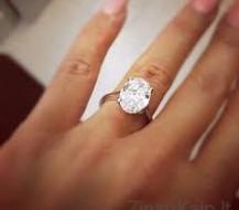 Kaip išsirinkti sužadėtuvių žiedą?