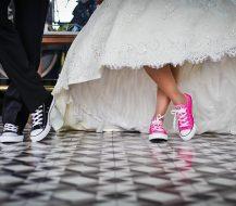 Kaip suorganizuoti linksmas ir originalias vestuves?